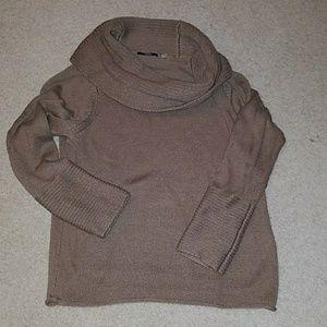 💜💜Tahari Cowl Neck Sweater